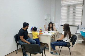 Bərdə filialının mütəxəssisləri Regional Hospitalda sakinlər üçün ödənişsiz konsultasiyalar apardılar.