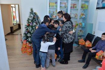 Mərkəzin Azadlıq filialında şəhid ailərinin uşaqları ilə görüş keçirildi.