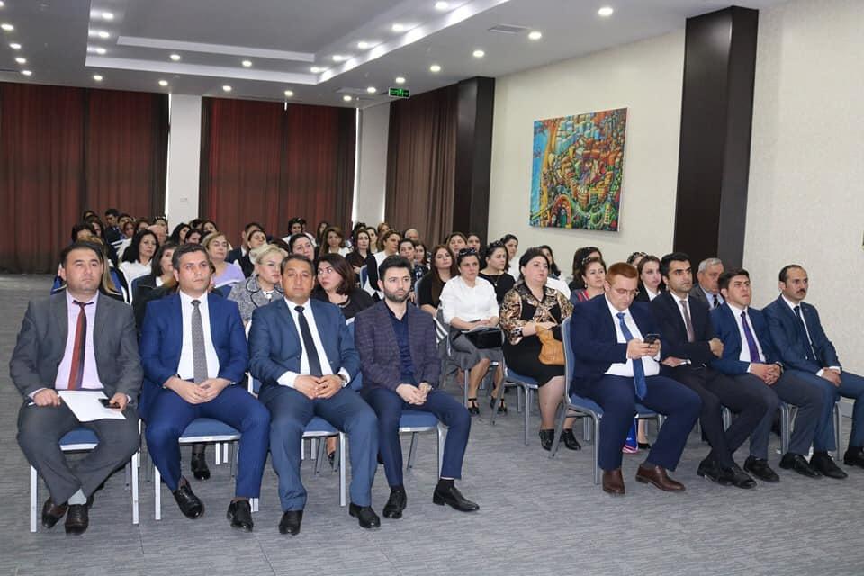 """Sumqayıt şəhərində """"Azərbaycan ailəsi"""" mövzusunda konfrans keçirilib."""
