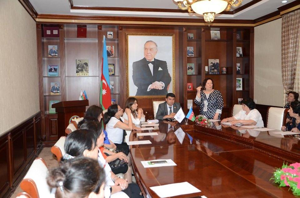 Tərtər rayon Heydər Əliyev Mərkəzində maarifləndirici psixoloji seminar keçirildi.