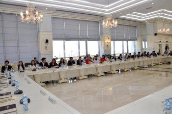 Mayın 24-də Yeni Azərbaycan Partiyası Gənclər Birliyinin üzvləri Milli Məclisdə olublar.