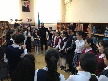 """257 nömrəli tam orta məktəbdə """" Ünsiyyət və komanda işi"""" adlı seminar keçirilib."""